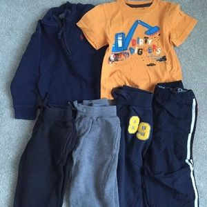 Other - Boys 6 piece sweatpants and tshirts lot size 3T